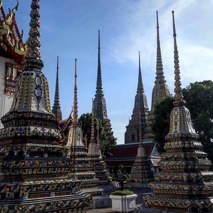 Tháp ở đền Wat Phou
