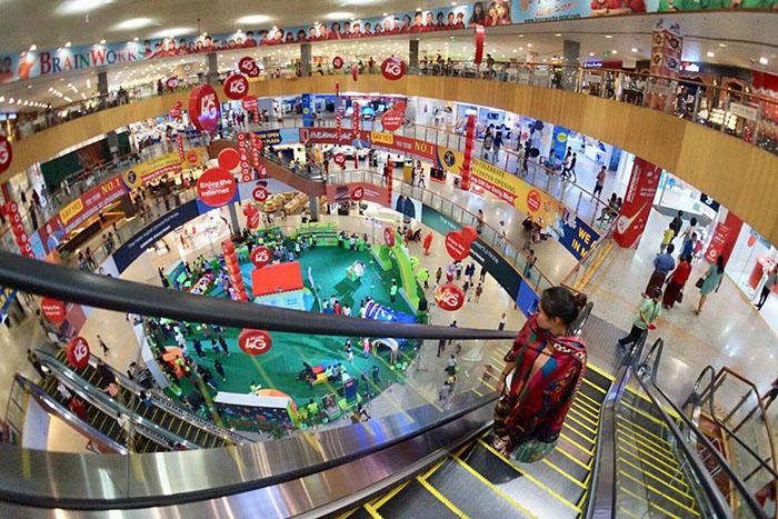 Tham quan trung tâm thương mại lớn nhất Myanmar