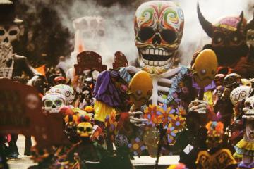 Vòng quanh thế giới tìm hiểu những truyền thống đón Halloween kỳ lạ