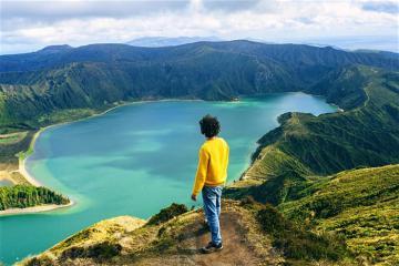 Ngao du Azores - Hawaii thu nhỏ giữa lòng Bồ Đào Nha