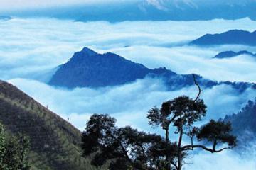 Chinh phục đỉnh Tà Chì Nhù, nơi đất trời thiên nhiên hòa quyện