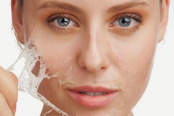 5 cách đơn giản làm dịu làn da bong tróc, khô ngứa vào mùa đông