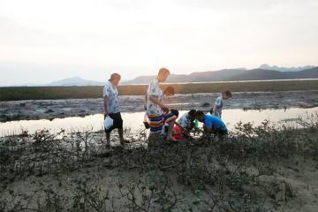 Đến đảo Quan Lạn - trải nghiệm cuộc sống của một ngư dân