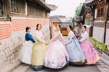 Check-in đảo Nami, tắm Jimjilbang, thỏa sức mua sắm ở Myeongdong khi du lịch Hàn Quốc