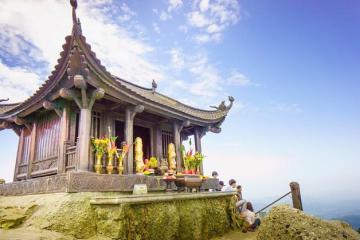 Những ngôi chùa nổi tiếng linh thiêng trong quần thể danh thắng Yên Tử, Quảng Ninh
