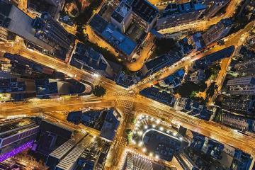 Một Hồng Kông rất khác qua những bức ảnh chụp từ nóc nhà cao tầng