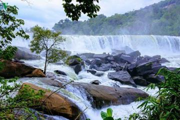 Hợp tác du lịch giữa 4 tỉnh miền Trung với vùng Nam Lào