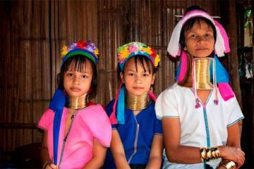 Làng người cổ dài ở Chiang Mai - Nơi phụ nữ cổ càng dài càng đẹp