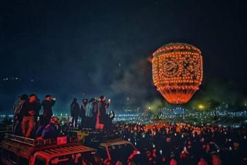 Du lịch Myanmar, hòa mình vào lễ hội Tazaungdaing rực rỡ ánh lửa