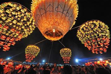 Lễ hội khinh khí cầu Myanmar rực rỡ khắp bầu trời cố đô Bagan