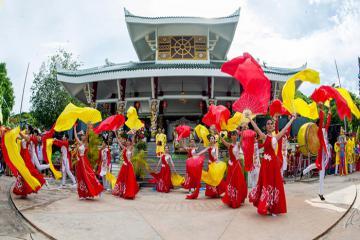 Trải nghiệm những lễ hội truyền thống ở miền Tây sông nước