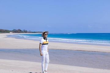 MC Nguyên Khang khám phá đảo Sumba khi du lịch Indonesia