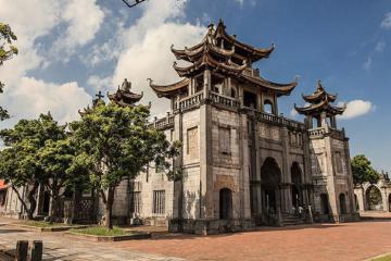 Về Ninh Bình – Khám phá nhà thờ đá gần 130 năm tuổi