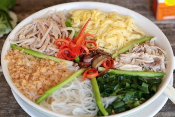 Điểm danh những món bún ngon nổi tiếng ở Việt Nam