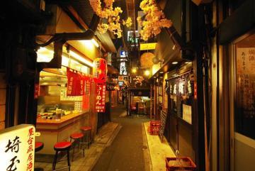 Omoide Yokocho - phố ẩm thực đêm đậm chất Nhật Bản