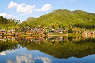 Du lịch Thái Lan: Khám phá 10 ngôi làng đẹp như cổ tích