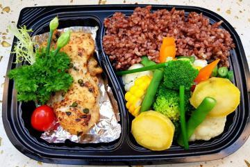 Thực đơn bữa trưa giảm cân cho nàng công sở bận rộn
