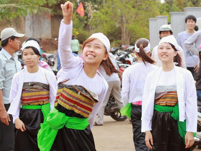 trang phục truyền thống của các dân tộc