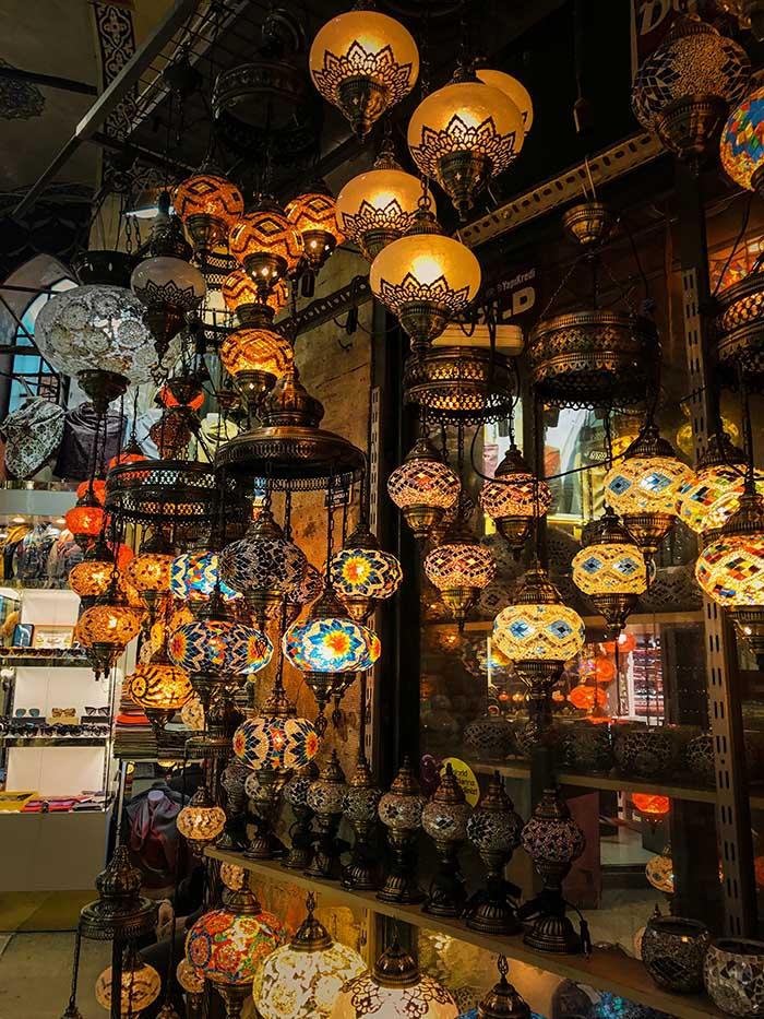 Khám phá chợ mê cung đầy mê hoặc khi du lịch Thổ Nhĩ Kỳ