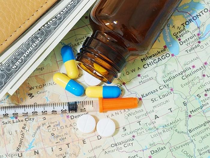 bị ốm khi đi du lịch