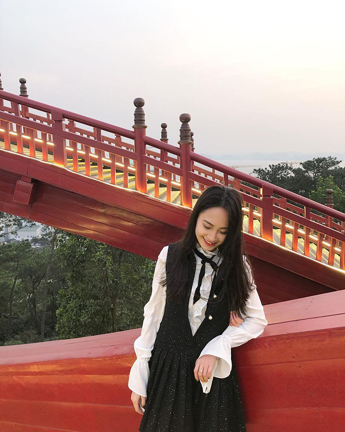 The bridge is designed based on the shape of Koi fish