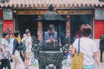 Ngôi đền se duyên nổi tiếng mang tên Hà Hải ở Đài Loan