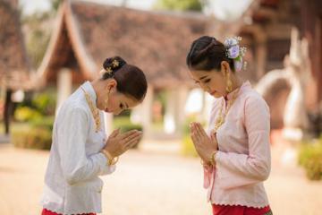 Khám phá văn hóa các nước châu Á qua phong tục chào hỏi
