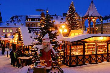 Mách bạn lịch trình 8 ngày du lịch châu Âu mùa Giáng sinh