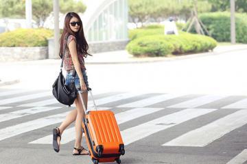 Mẹo chọn giày du lịch vừa thời trang vừa phù hợp cho các chuyến đi