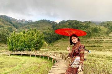 Diễn viên Lương Thanh hào hứng hóa gái bản khi du lịch Sapa