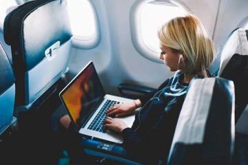 Nóng: Từ 15/11, hành khách tiếp tục được phép mang Macbook Pro 15 inch lên máy bay
