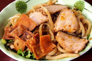 Đến Hội An ăn gì: Top 5 món ngon xứ Quảng cứ ăn là 'ghiền'