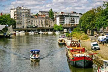 Du lịch Pháp còn đó một Nantes nồng nàn