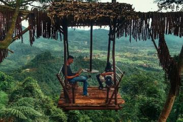 Quán cà phê lơ lửng trên không ở Indonesia dành cho tín đồ mạo hiểm