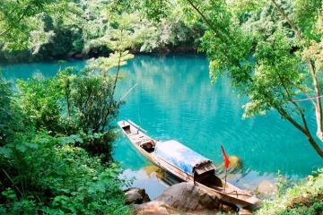 Suối nước Moọc - 'Chốn tiên cảnh' đẹp ngỡ ngàng giữa lòng Quảng Bình