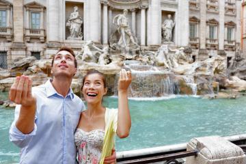 Du khách 'mua ước nguyện' với 4000 USD mỗi ngày tại Đài phun nước Trevi, Italy