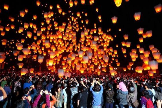 Du lịch Đài Loan đắm chìm vào không khí sôi động của những lễ hội lung linh nhất