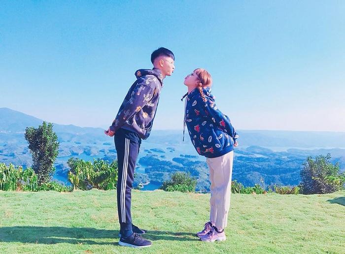 Từ tháng 8 đến tháng 12 hàng năm là khoảng thời gian đẹp nhất đi du lịch hồ Tà Đùng. Ảnh: dantri