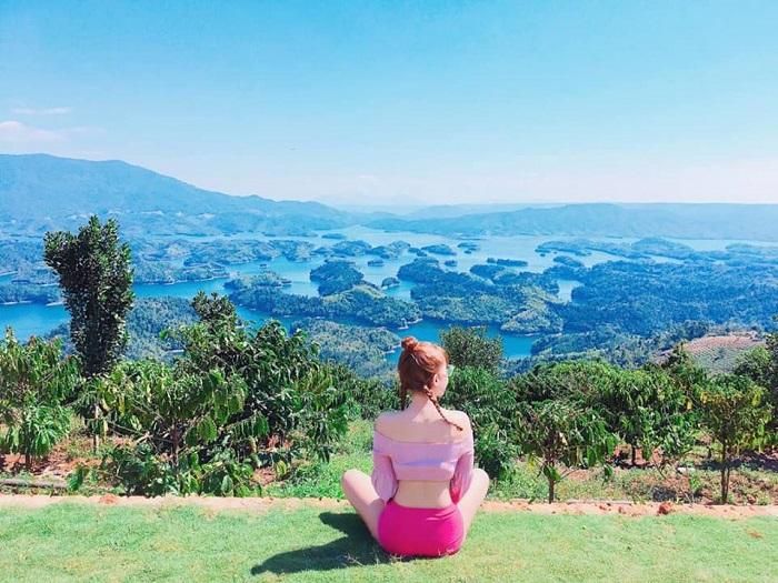 Vẻ đẹp của hồ Tà Đùng hấp dẫn du khách
