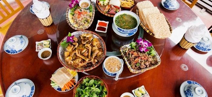 đồ ăn ở Hang Múa Ecolodge Ninh Bình