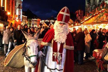 Gặp 'ông ba bị', làm thánh lễ lúc nửa đêm và 5 phong tục Giáng sinh độc đáo chỉ có ở nước Pháp
