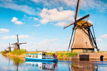Du lịch Hà Lan tự túc không thể bỏ qua 7 điểm đến vừa đẹp vừa thú vị này
