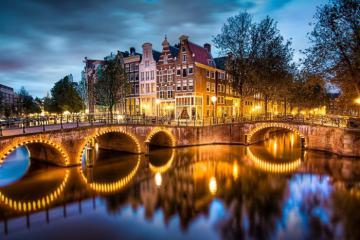 Loạt trải nghiệm hấp dẫn cho chuyến du lịch trăng mật lãng mạn ở Amsterdam, Hà Lan