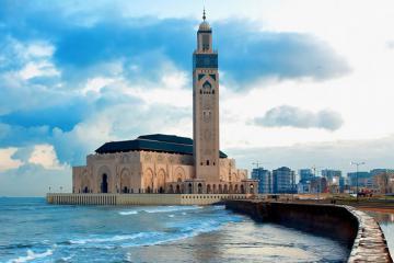 Du lịch Ma Rốc ghé thăm thành phố tình yêu Casablanca
