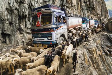 5 con đường 'tử thần' ở Ấn Độ, thách thức mọi tay lái