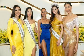 Cùng đến TP.HCM, hoa hậu Khánh Vân và dàn người đẹp Hoa hậu Hoàn Vũ lộng lẫy đọ sắc trong một khung hình