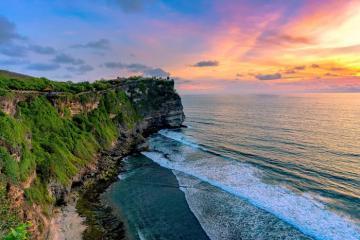 Du lịch Bali: Sống lành mạnh ở Ubud, chinh phục núi Batur, ngắm hoàng hôn ở Uluwatu