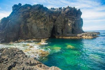 Khám phá vẻ đẹp có 1-0-2 của đảo Phú Quý, Bình Thuận khiên dân tình 'đứng ngồi không yên'