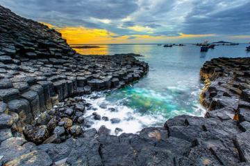 'Truy lùng' 10 địa điểm du lịch miền Trung đẹp mê hoặc lòng người