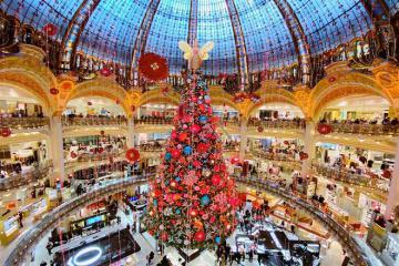 Phong tục đón Giáng sinh và mừng năm mới độc đáo của người Pháp